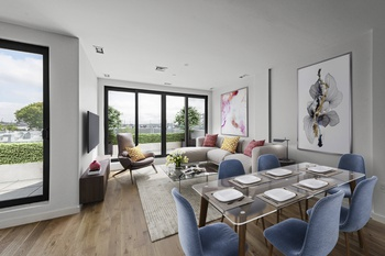 Contemporary Brooklyn Condo in Greenpoint